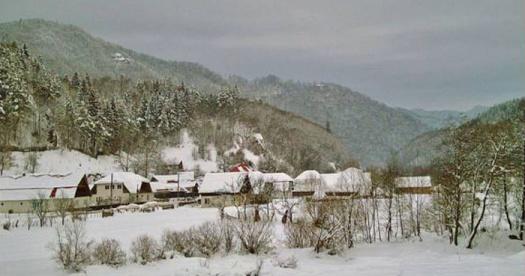catun-iarna-700